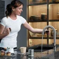 Сенсорный смеситель на кухне