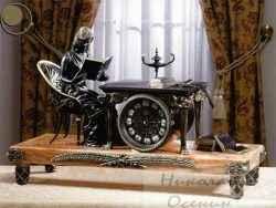 Настольные часы в интерьере
