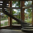 Отделка бетонных лестниц