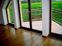 французские окна в пол с внутрипольными радиаторами