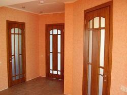 Двери в смежных комнатах