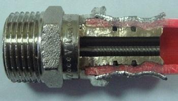 Эффект памяти формы при монтаже трубы