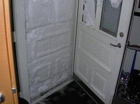 Теплопотери через металлическую дверь