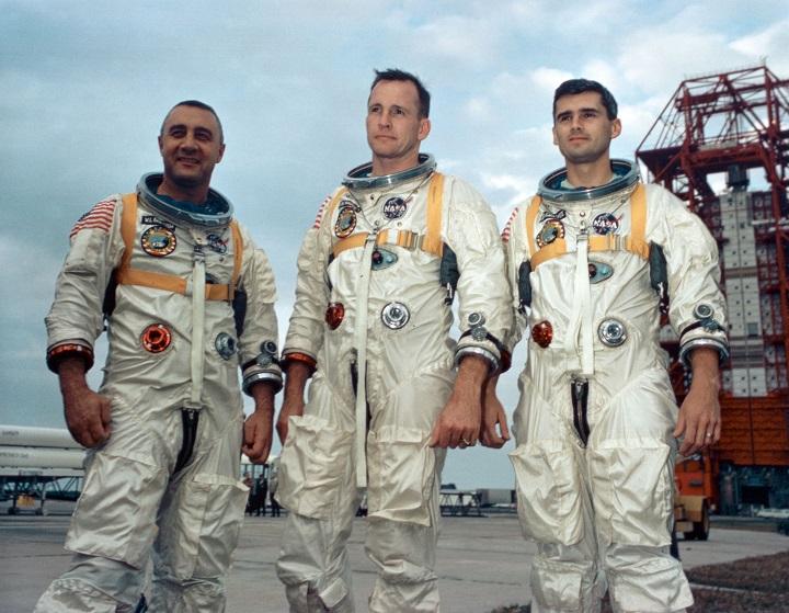 Первая трагедия в мировой космонавтике