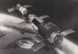 Стыковка Союз-4 и Союз-5